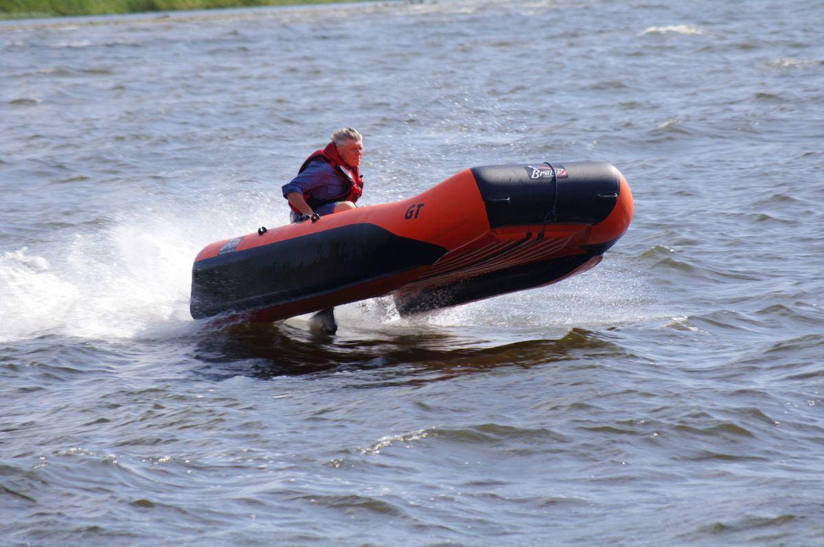 автоматические надувные лодки